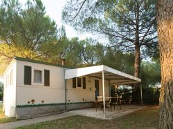 camping green village mobil home.jpg